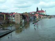 Hochwasser bei Meissen im Jahr 2006: durch den schnellen Anstieg der Pegel bleibt nur eine geringe Vorwarnzeit für die Bevölkerung. (Foto: GFZ Deutsches GeoForschungsZentrum)