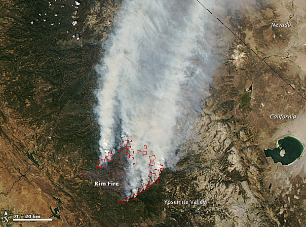 On August 26, 2013, the Moderate Resolution Imaging Spectroradiometer (MODIS) on NASA's Aqua satellite captured this image of the Rim fire burning in and near Yosemite National Park.