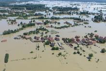 Durch das Hochwasser werden in Bosnien nicht nur Gebäude und Straßen überschwemmt, sondern auch das Trinkwasser verunreinigt. Quelle: THW/Karin Schnur