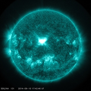 Eine Sonneneruption der Klasse X1.6 vom 10.09.2014 Quelle: NASA/SDO