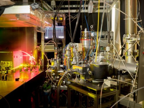 Die Experimentalanordnung in den Labors der ETH Zürich. Quelle: ETH Zürich / Ruth Signorell